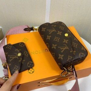 ✨LV Felicie strap and go Bag Pink